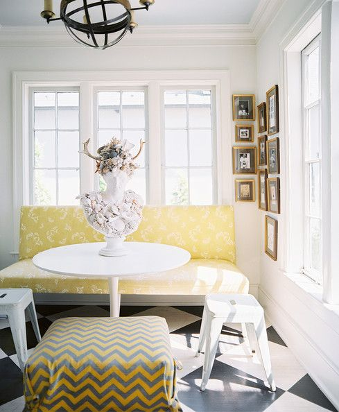 Great sunny combination of yellow and white