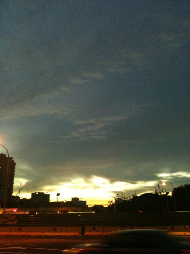 A sunset that I took very long ago.... #sky #sunset #cloud #sun
