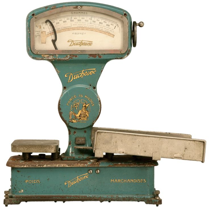 Superior original vintage French mercantile (market) scale by Duchesne, this series D 18051, is in great condition especially for its age. The brilliant bluish aqua color offers an outstanding contrast to the gold lettering and decorations.
