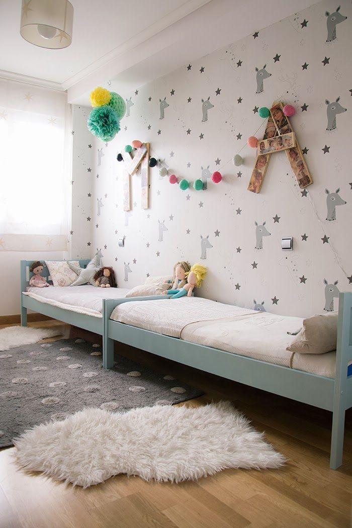 Shared Bedroom  - Kids Deer Wallpaper Mint chambre enfants partagée