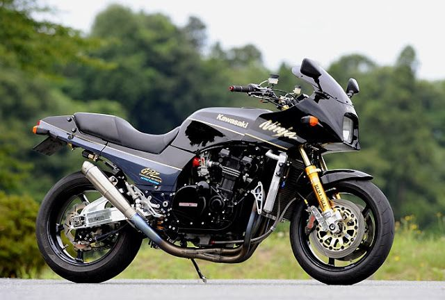 Kawasaki GPZ 900 R RCM-226 by Red Eagle Sanctuary #Kawasaki