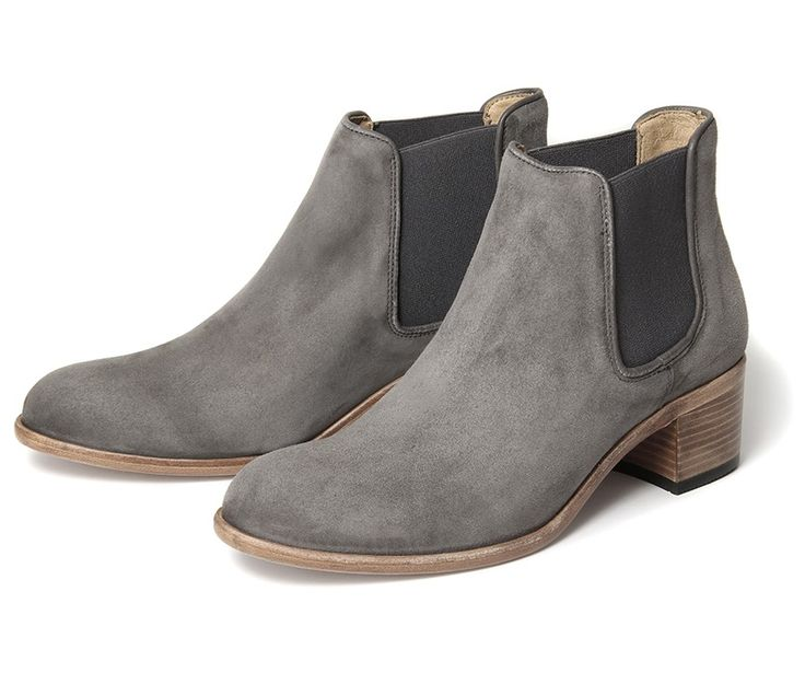 25  best ideas about Ladies Chelsea Boots on Pinterest | Viktoria ...
