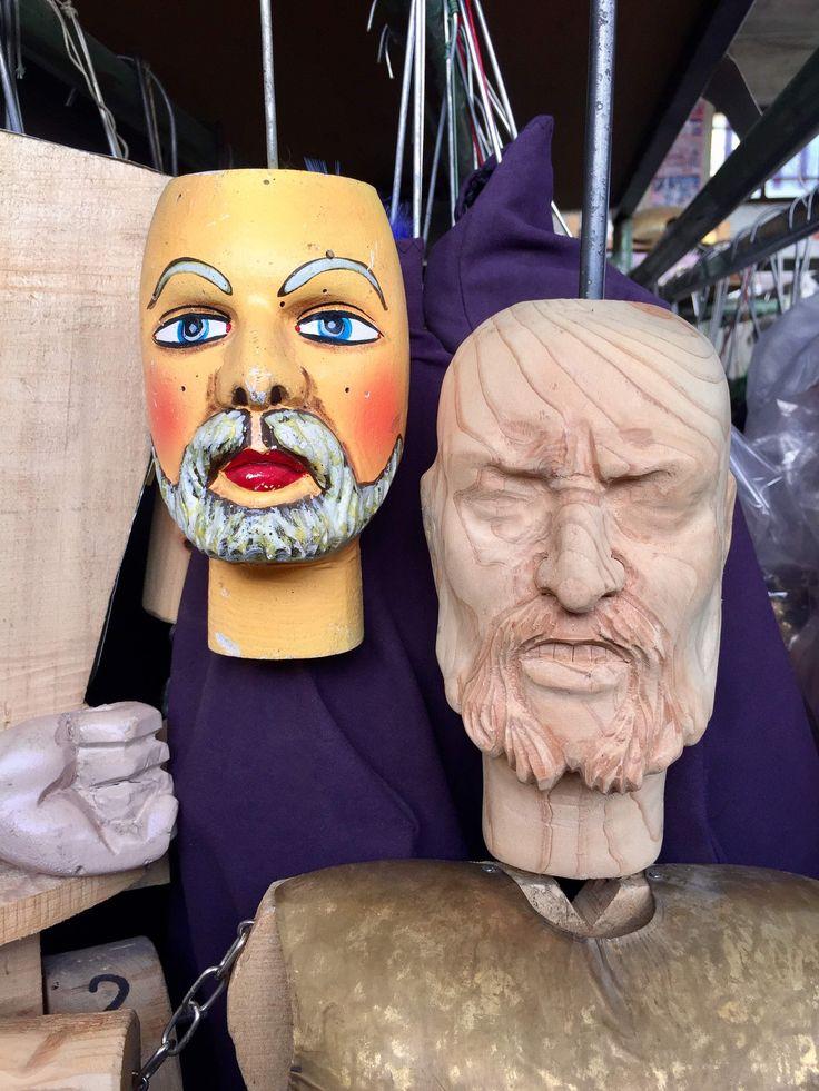 Pupi siciliani Carlomagno, Re di Francia e a capo dei Paladini di Francia - Sicilian puppets Charlemagne, King of France and Chief of the army Paladins of France