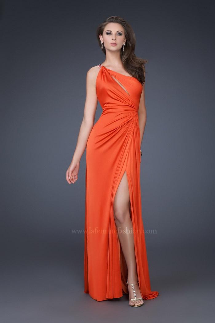 Love this Orange bridesmaid dress
