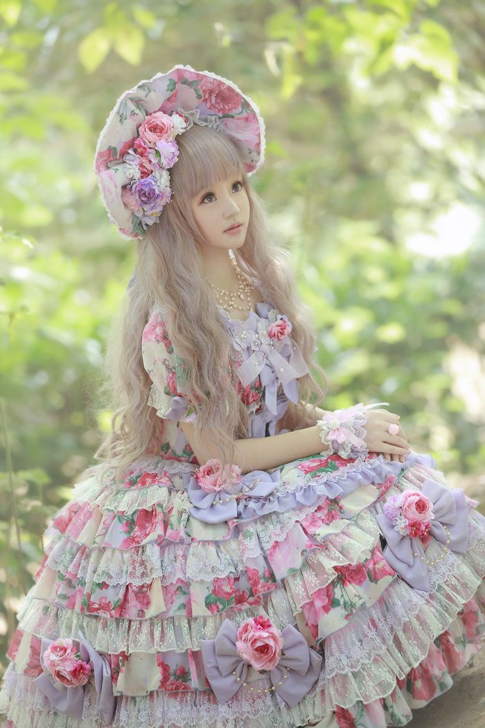 --> Chinese Princess Wore ♡✿~Angelic Pretty Menuet Bouquet OP~✿♡ --> Source: weibo•com/p/1005051671578317