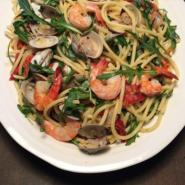 #TGIF Tonight we enjoyed Bucatini with Pinot Grigio, clams and shrimp... and maybe a glass or two of Pinot! @zimmysnook