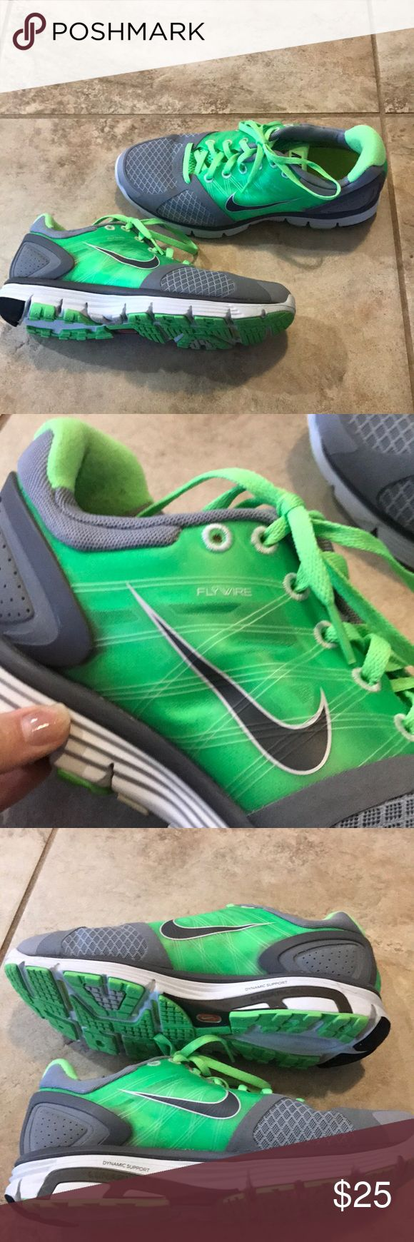 Gently used Nike Lunarglide 2 size 8.5 Gently worn only a few times Nike Lunarglide 2 sneakers size 8.5 Nike Shoes Sneakers
