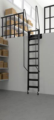 Escalera Rampa Rígida de acceso a altillo