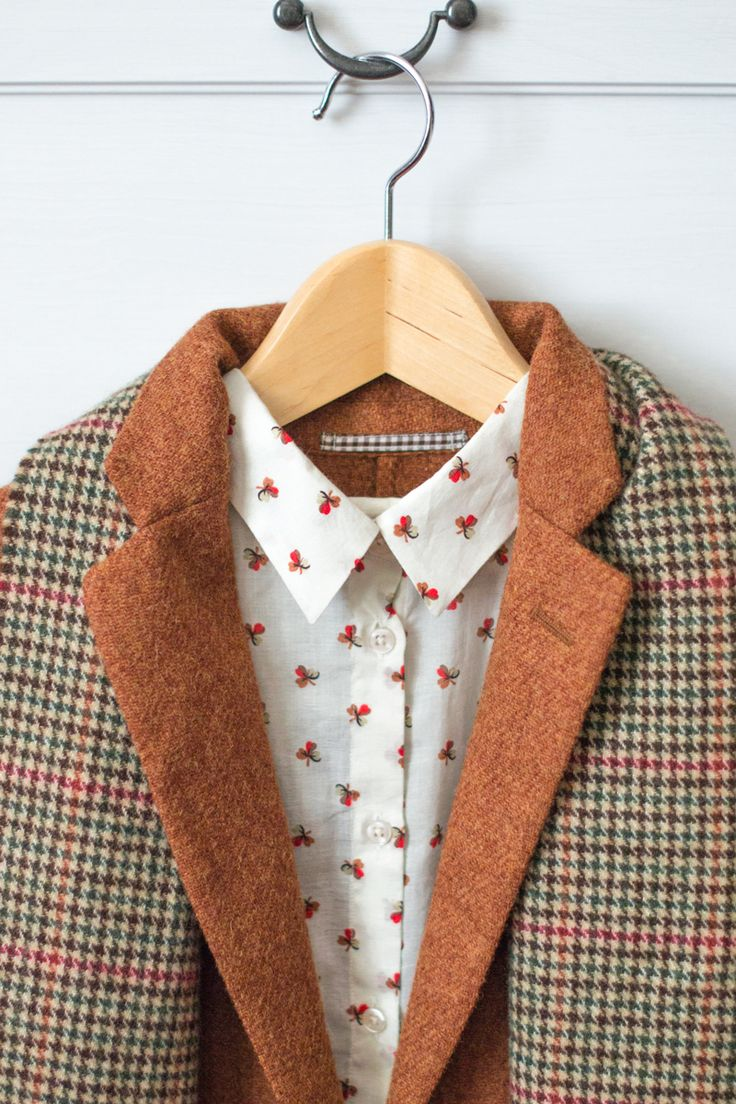 Fall colors (Monorpix shirt + Uniqlo blazer and vintage plaid scarf)