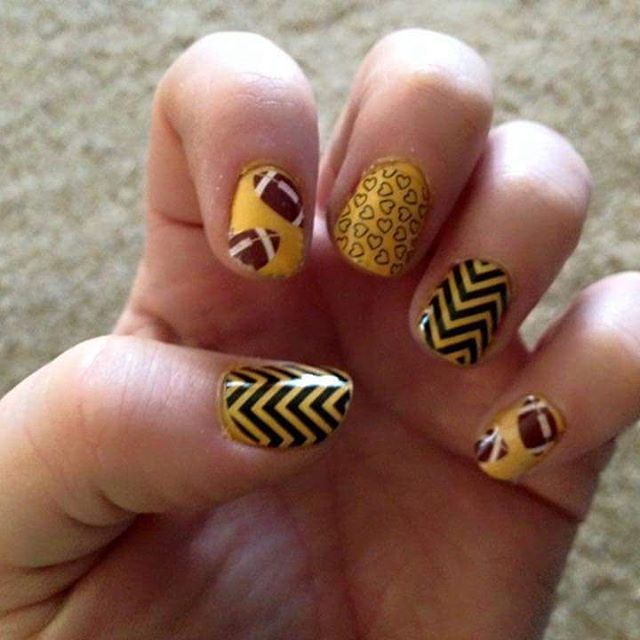 22 best Hawkeye nails images on Pinterest | Nail design, Nail ...