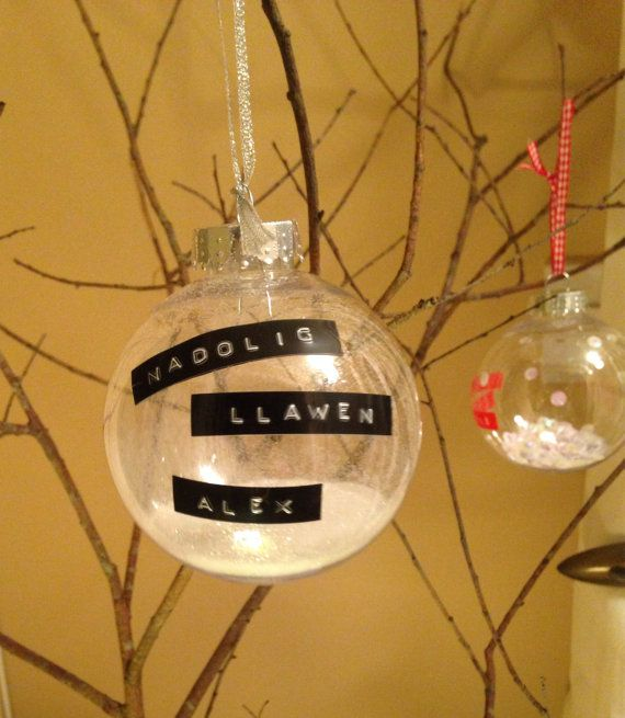 Happy Christmas or welsh Nadolig Llawen by JoBachsLittleGems   So pleased with how these turned out! Perfect Christmas gift baubles