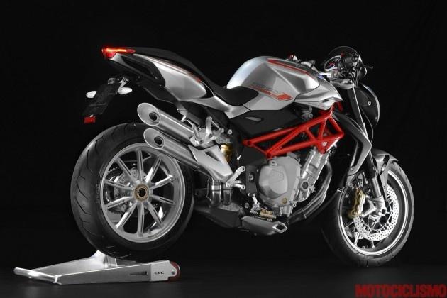 Ooops not Ducati but MV Agusta Brutale 2013: le foto