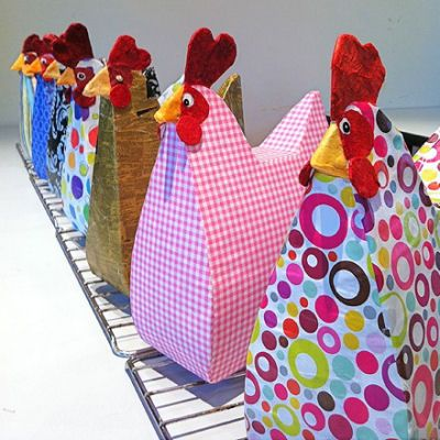 Make a paper hen out of a cereal box, Cute!!