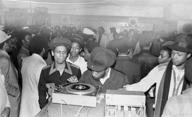 Fatman Sound System at 1970s Dance