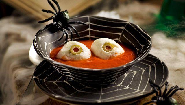 Ojos en sangre (Mozzarella en salsa de tomate) Una receta terrorífica para la fiesta de #halloween