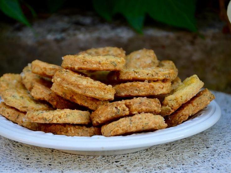 Biscuits apéritifs aux herbes de Provence