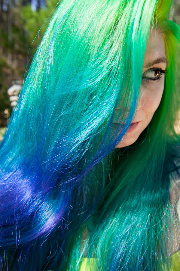 Hair by Lizzy - And now, I am a peacock.  Manic Panic Electric...