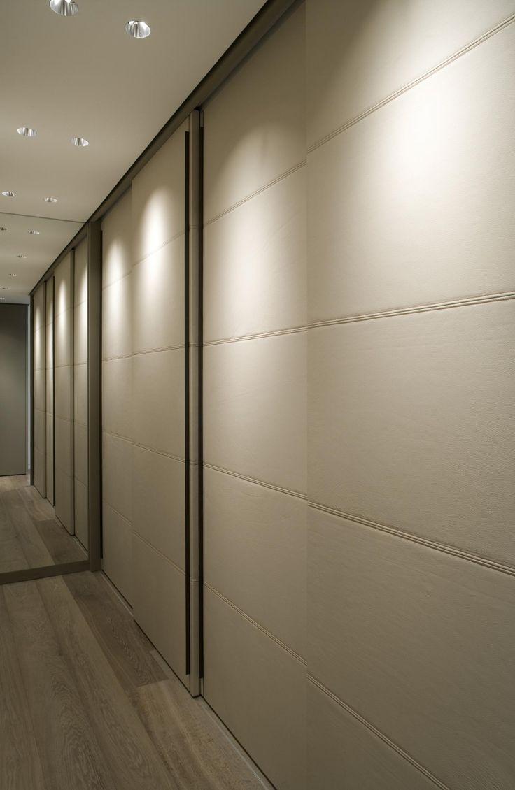 Elegant and minimal design, Brienner apt in Germany by Holzinger GbR _ so oder so ähnlich auch bei www.okifree-raumsysteme.de erhältlich