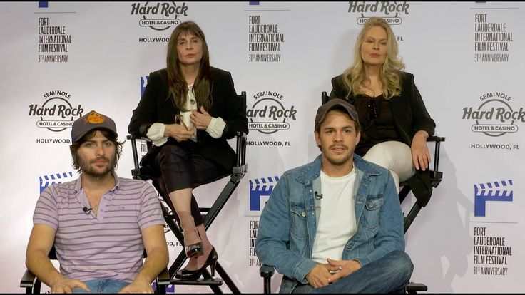 Robert Schwartzman's Directorial Debut Dreamland explores life, love and music from a 20 something's perspective.  Watch as he and cast members Beverly D'Angelo, Johnny Simmons, and Schwartzman's mom Talia Shire discuss the film which opens November 11, 2016