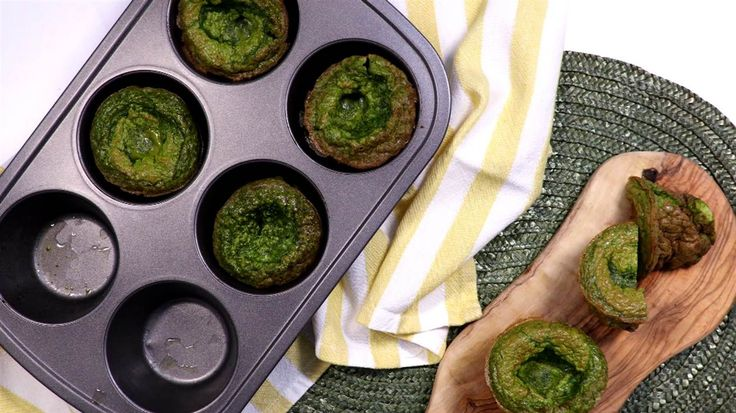 From smoothie popsicles to muffin tin omelets, these simple techniques will eliminate breakfast boredom forever.