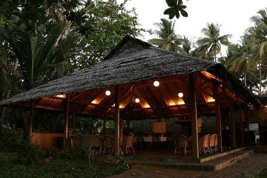 Mapia Resort Manado Restaurant Celebes Divers #diving #indonesia