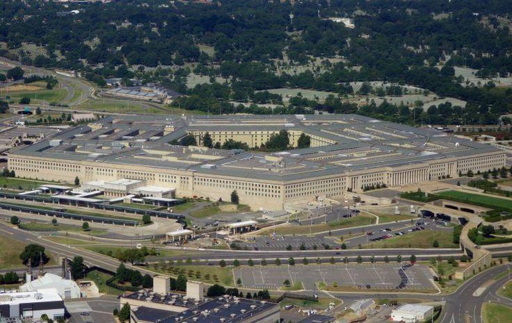 """Le Pentagone a testé avec succès mardi l'interception d'un missile balistique intercontinental, le type de missile dont la Corée du Nord cherche à se doter, a indiqué mardi l'armée américaine. C'est la première fois que l'armée américaine réussit ce test sur un missile intercontinental, a précisé l'agence en charge de la lutte anti-missiles, la Missile defense agency (MDA) dans un communiqué. Contrer """"une menace bien réelle"""" Un missile intercepteur, ..."""