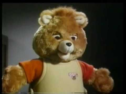 Teddy Ruxpin - Making Friends (1986, UK) Happy National Teddy Bear Day! Here's a classic ad for Teddy Ruxpin, in which the creepy bastard gets interrogated. Directed by Harvey Harrison at James Garratts.