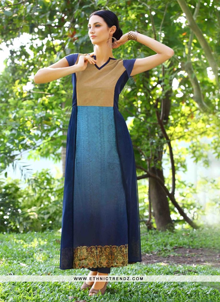 Be an angel and create and ascertain a smashing effect on anyone by wearing this navy blue georgette designer kurti. This engaging attire is…