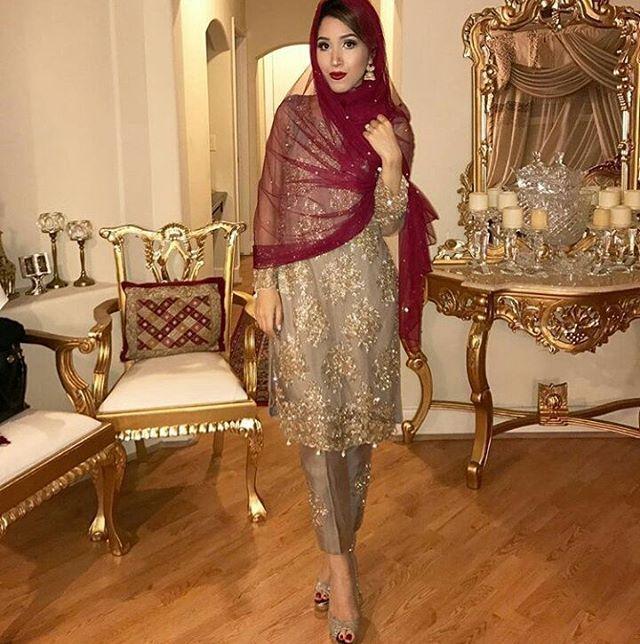 Everything is on point 😘😘 #bridalmakeup #wakeupandmakeup #pakistaniwedding #pakistanibride #bridalhairandmakeup #weddingbells #wedding #weddingseason #Nishsays #Karachi #Lahore #Islamabad #instabeauty #lifestyleblogger #Nishsays #wedding #bridesmaidstuff #desiwedding #bride #beautifulbrides #marriage