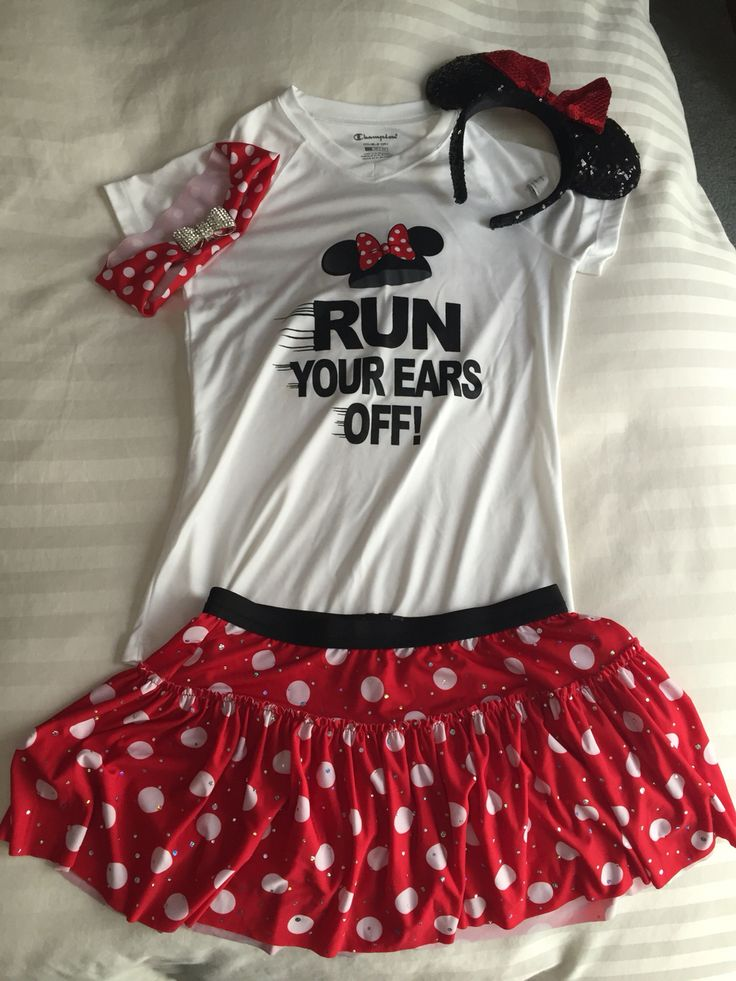 Disney Minnie Mouse running outfit. Top from Colombia and skirt from Sparkle athletics. Ears from Disney World