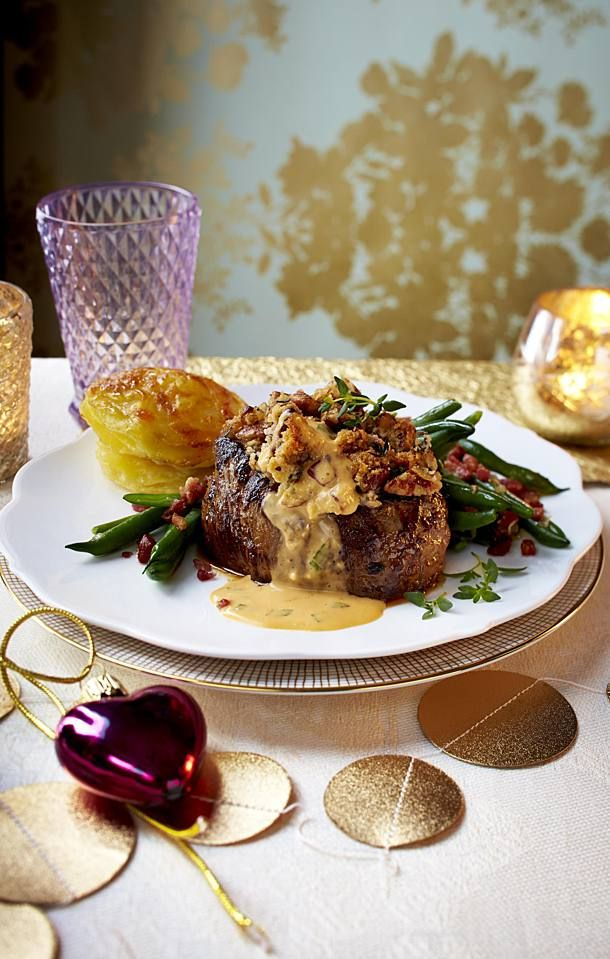 Rinderfilet mit Café-de-Paris-Soße und Kartoffeln | Recipe | Beef fillet, Best beef recipes, Beef fillet recipes