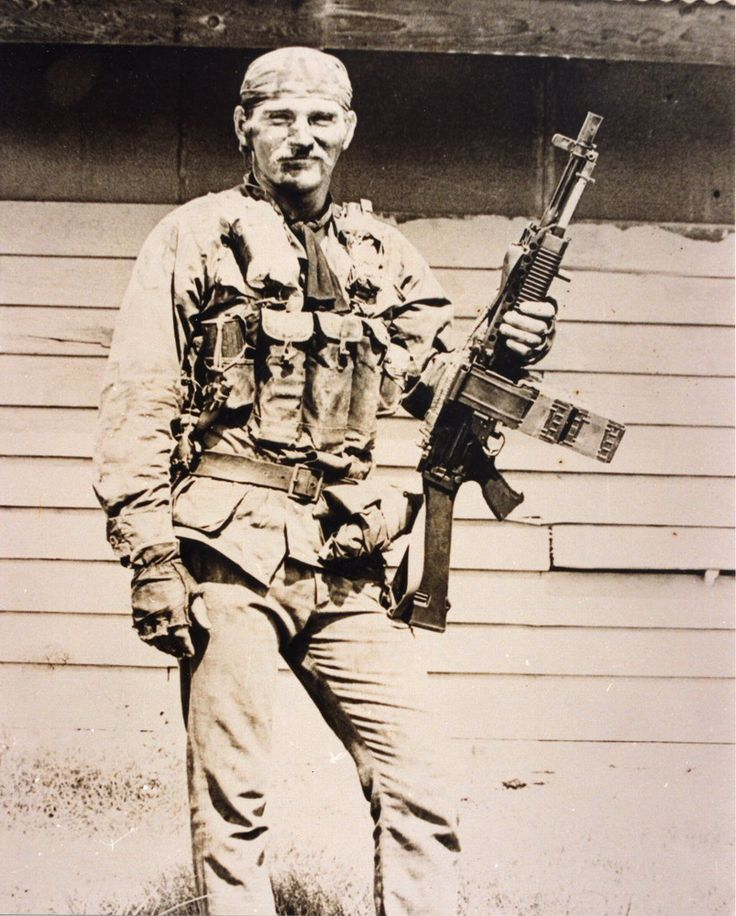 Navy Seals Terry 'Doc' Bryant from ST-1 Victor Plt. with Stoner 63
