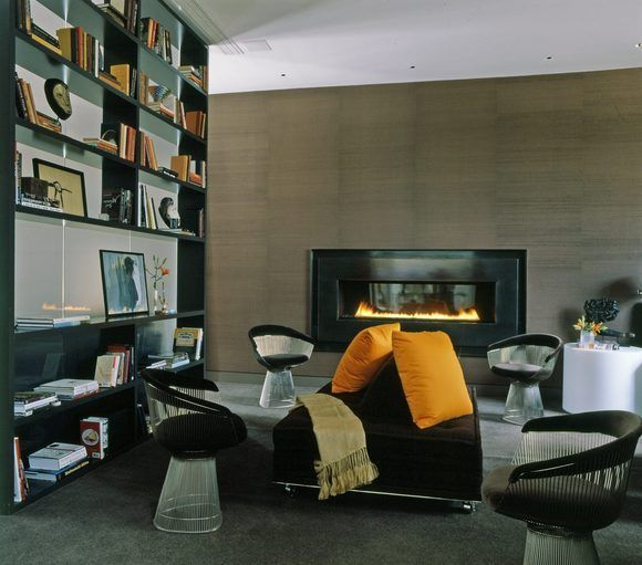 Family Room by Vincente Wolf  (pinned by Danielle Lake Design, www.daniellelakedesign.com)