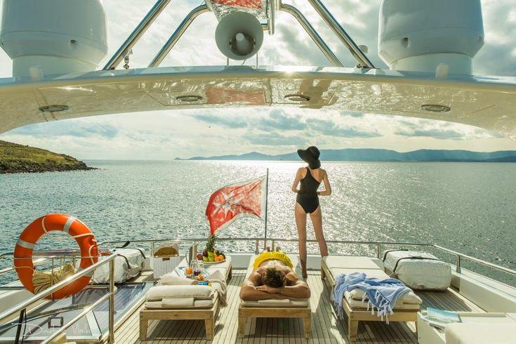 Life on a Yacht