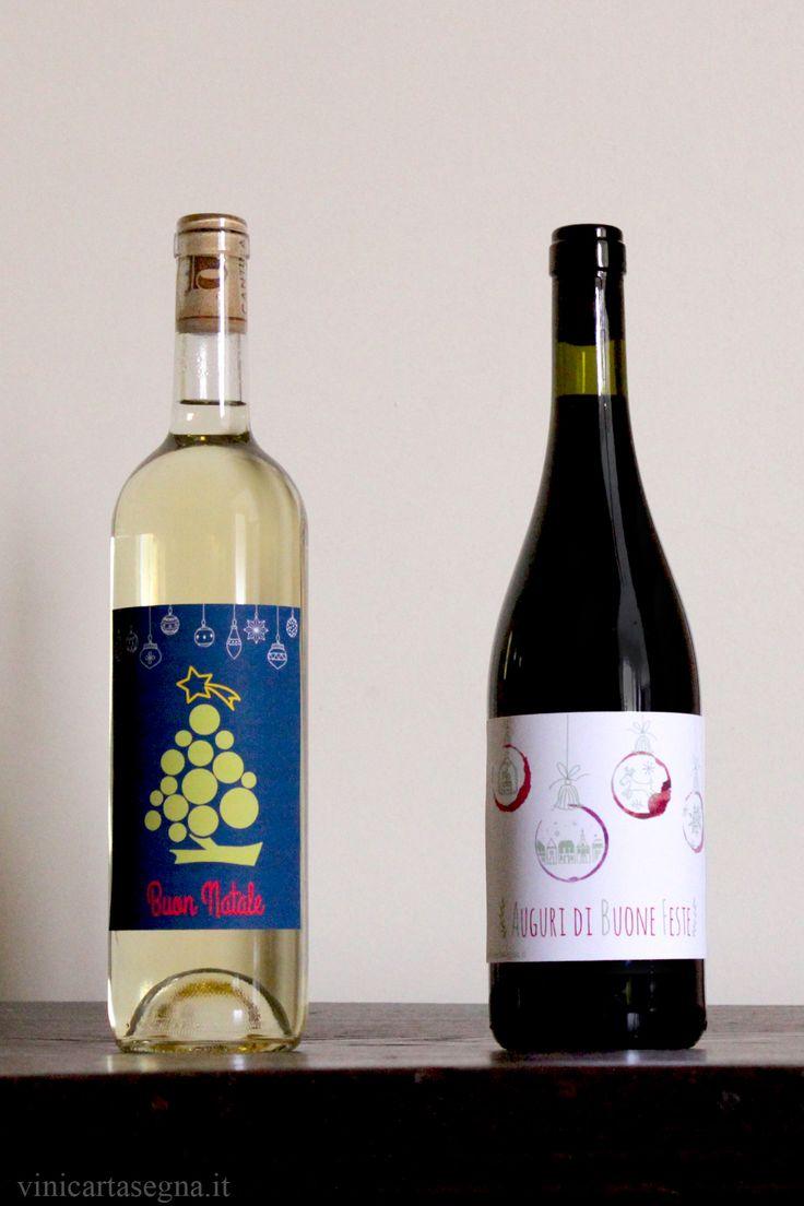 Etichette natalizie per bottiglie di vino scaricabili e stampabili (gratis per uso personale). Christmas wine label. Scarica queste etichette da qui: http://www.vinicartasegna.it/natale-2015-etichette-da-stampare-per-bottiglie-di-vino/