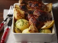 Dozlatova pečené kuře s estragonem, citróny a petrželovovými brambory