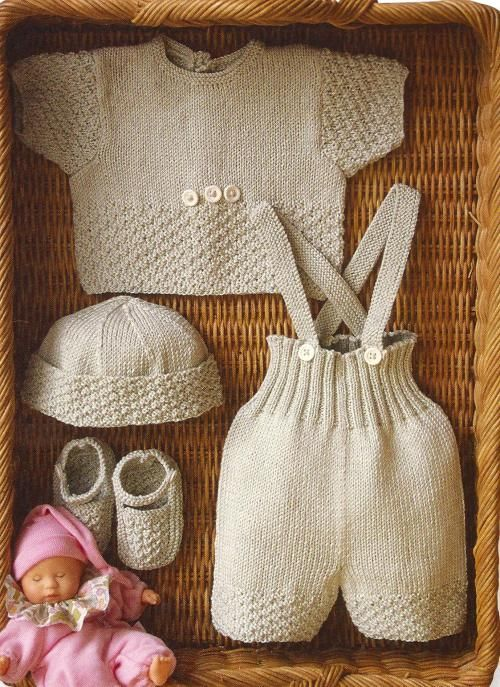 free pattern -- those overalls are beckoning to me...