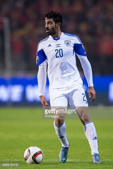 omri-ben-harush-of-israel-during-the-uefa-euro-2016-group-b-match-picture-id492616418 (396×594)