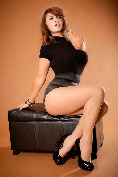 Sexy curvy women thighs