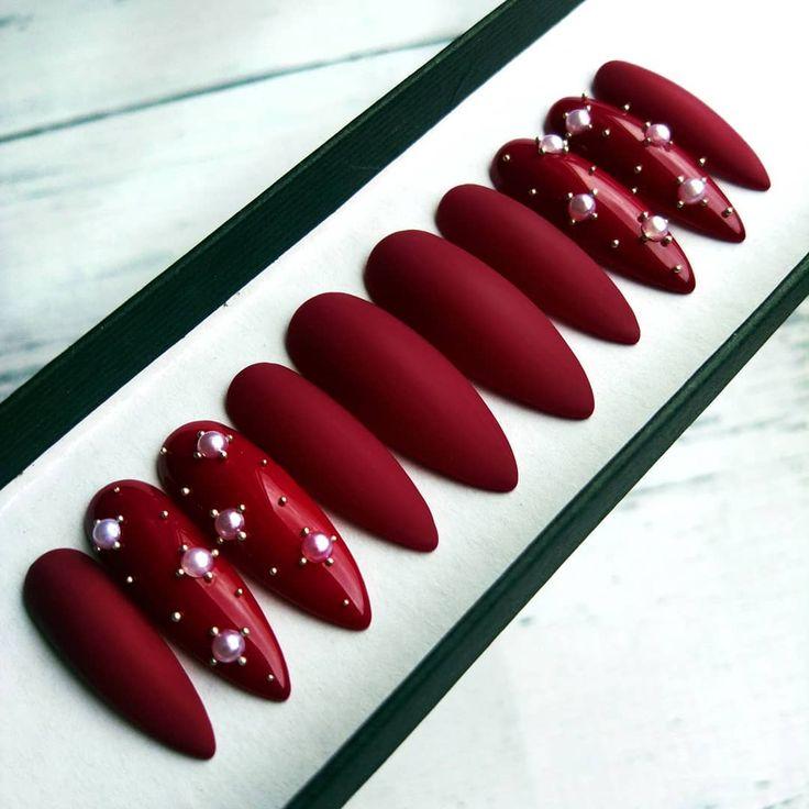 nailroomstudio.com CUSTOM FALSE NAILS, burgunde design with white and gold pearls #motherofpearls