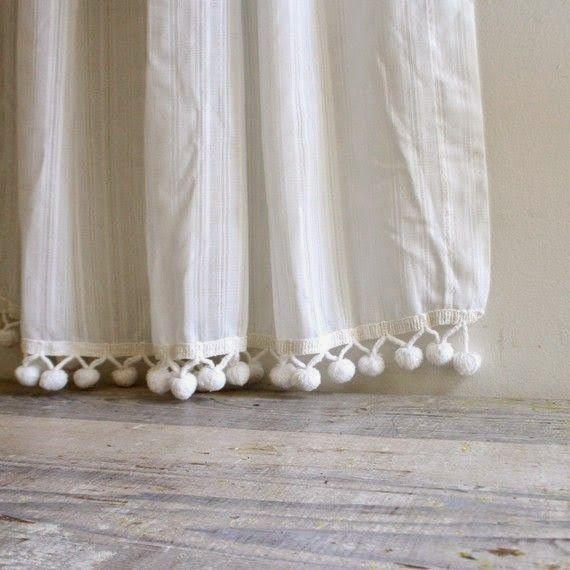 bolas bajos de cortina