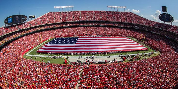 Bring your voice tonight because YOU will lead the national anthem.  Kansas City Chiefs  at Arrowhead. September 29, 2014 for a record breaker in stadium volume!  Game Day Activities: http://chfs.me/1t85h3T pic.twitter.com/grxCqy8f06