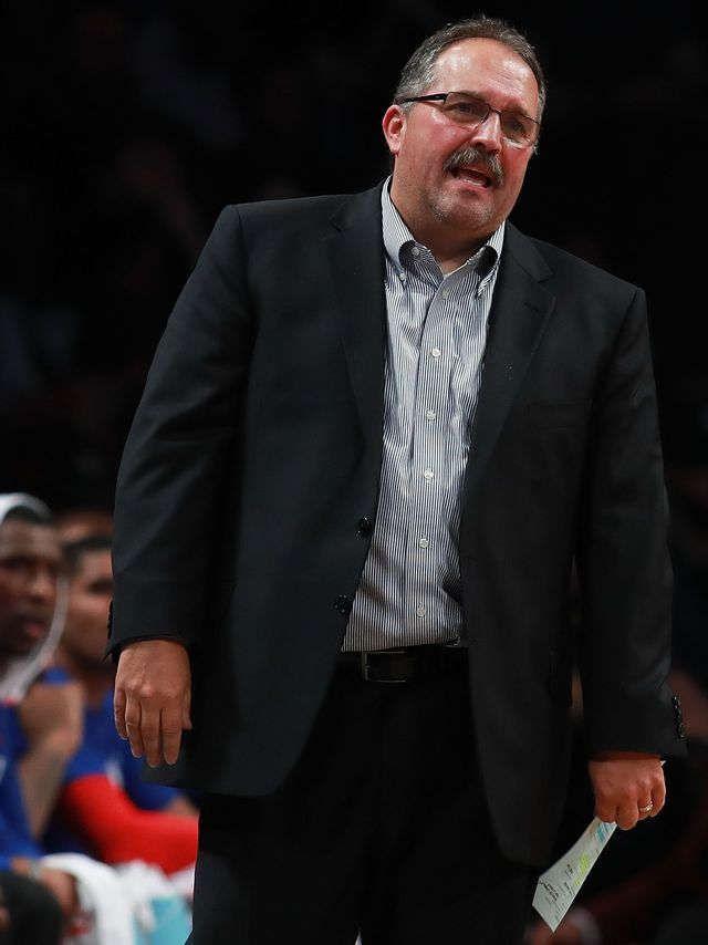 Detroit Pistons' Stan Van Gundy goes off on Trump: 'Brazenly racist'
