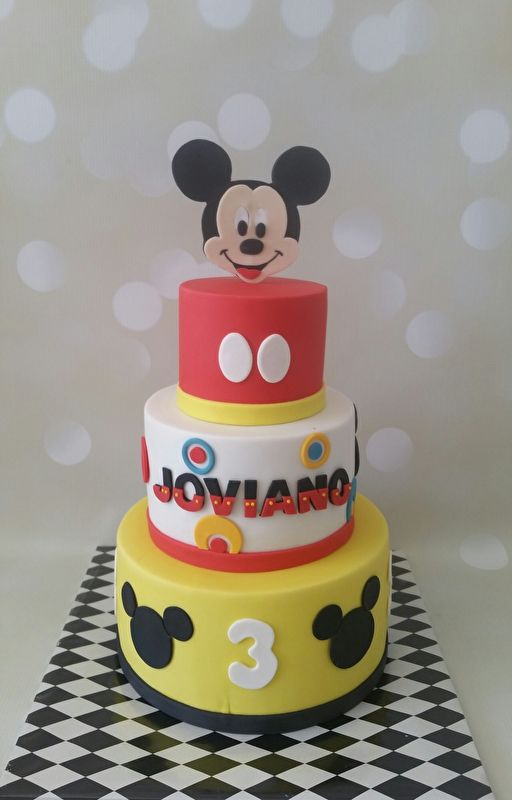 Mickey Mouse taart