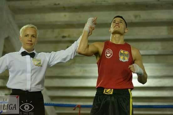 Por la segunda fecha de la Liga Metropolitana nuestro juvenil en la categoria 64kg Dorian Maidana GPP en falló unanime a Willi Cuevas en una pelea muy buena.