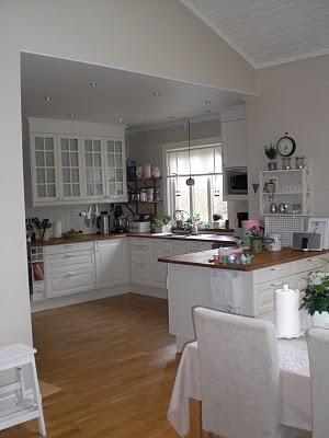 hemmahosjessica: Fler bilder från vårt kök och matrum...