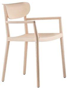 Tivoli från Pedrali med armstöd men finns även utan. Denna är tillverkad helt i trä men finns även i alternativ där sitsen och ryggen är klädd.. Sen kan denna karmstol väljas i flera olika färger. #stolar #restaurangstolar #cafestolar #pedrali #dialoginterior