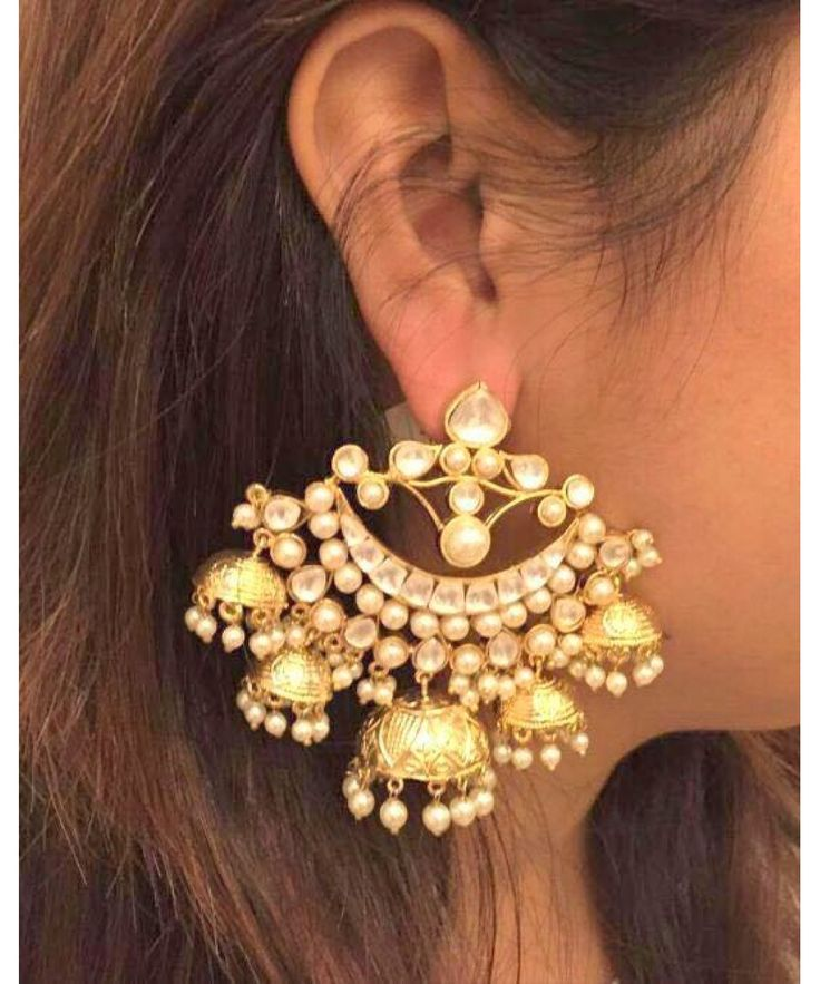 BEAUTIFUL KUNDAN CHANDBALI JHUMKA PAIR Stone type- pearls, cubic zircon Style- traditional Finish- Yellow gold plating Plating - 18 cts, occasion, function, wedding, screw type -push back pearcing required - yes.