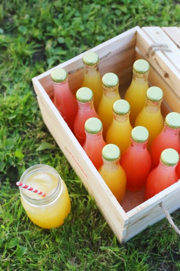 DIY Bottled Cocktails - fill these cute bottles up with your favorite wine cocktails. Perfect for a outdoor wedding or a rehearsal dinner.