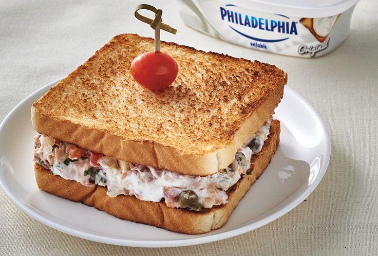 Prepara un delicioso Sándwich de Atún a la Vizcaína con esta receta para la cena. ¡Te encantará!